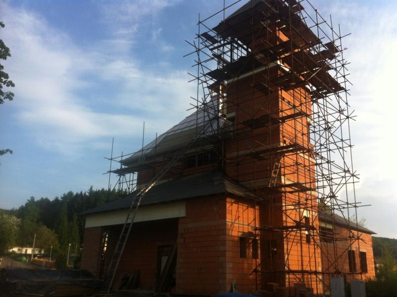 Pokračování stavby kostela - 7.5.2013